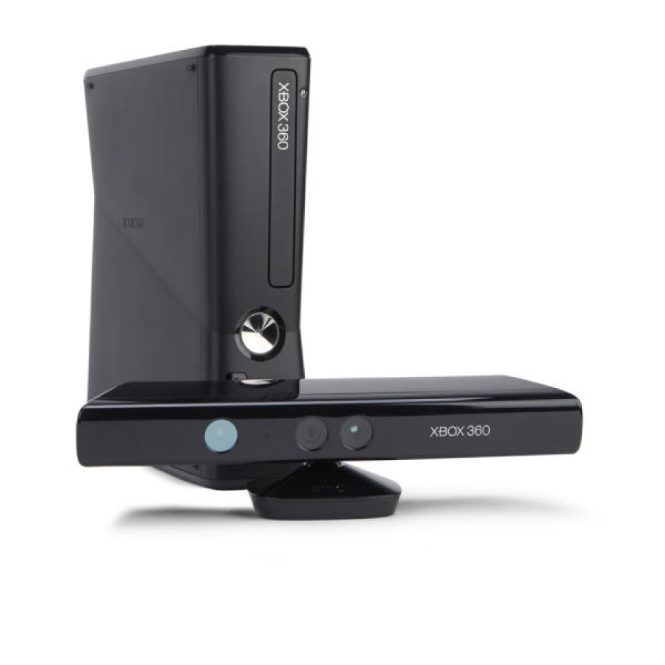 Xbox 360 4GB Kinect Holiday Bundle - Includes Kinect Adventures, Kinect  Disney Land Adventures & 1 Month Xbox Live - Grade A REFURB