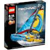 LEGO Technic: Racing Yacht (42074): Image 1
