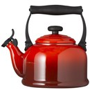 Le Creuset Traditional Kettle - Cerise