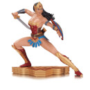 DC Collectibles Wonder Woman Art Of War Statue By Garcia Lopez 15cm