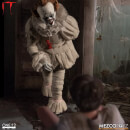 Mezco One:12 Collective IT (2017): Pennywise Action Figure