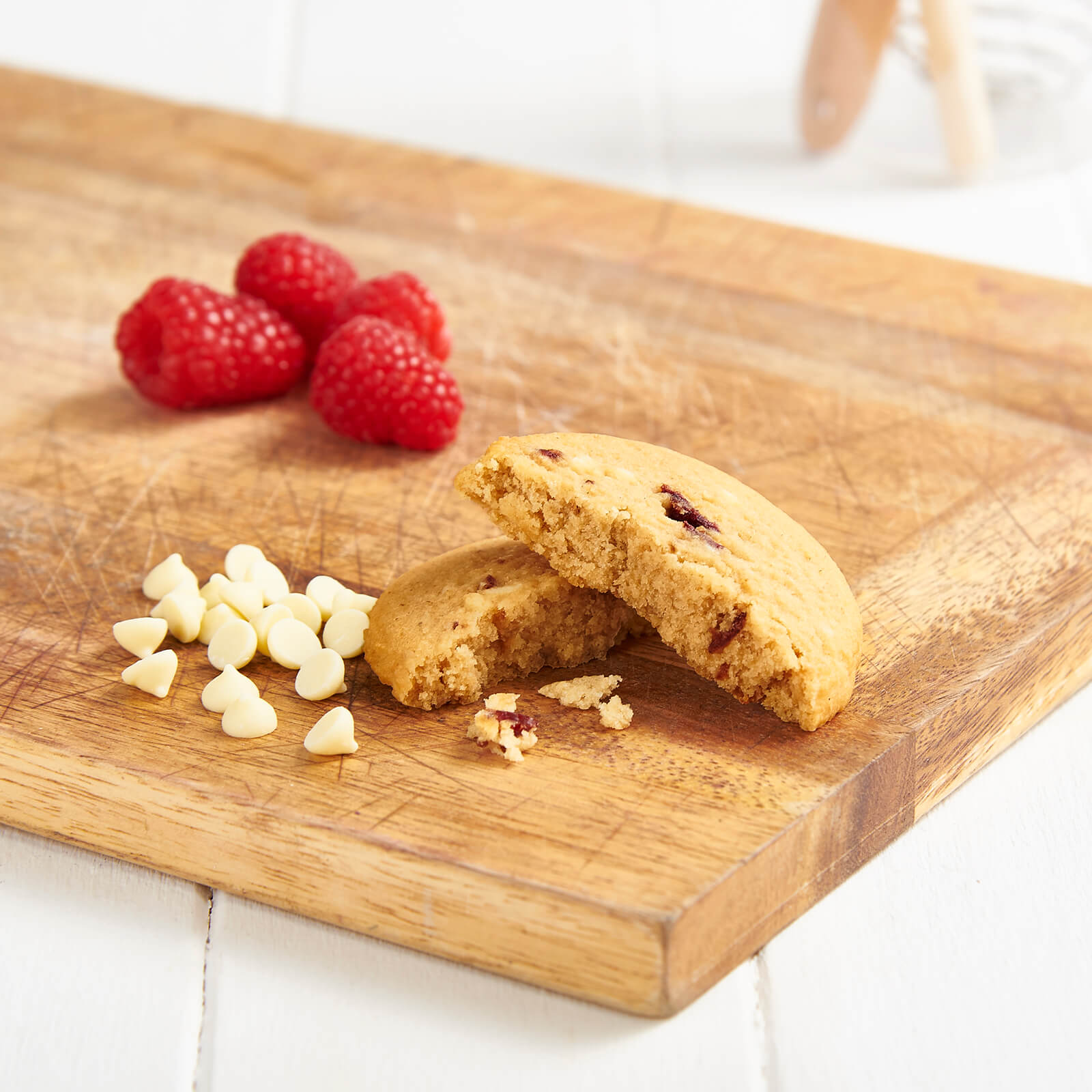 Meal Replacement Box of 7 White Chocolate and Raspberry Cookies