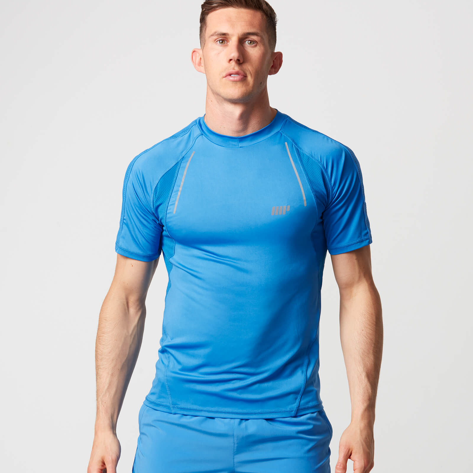 Myprotein Strike Football T-Shirt - Light Blue - XXL