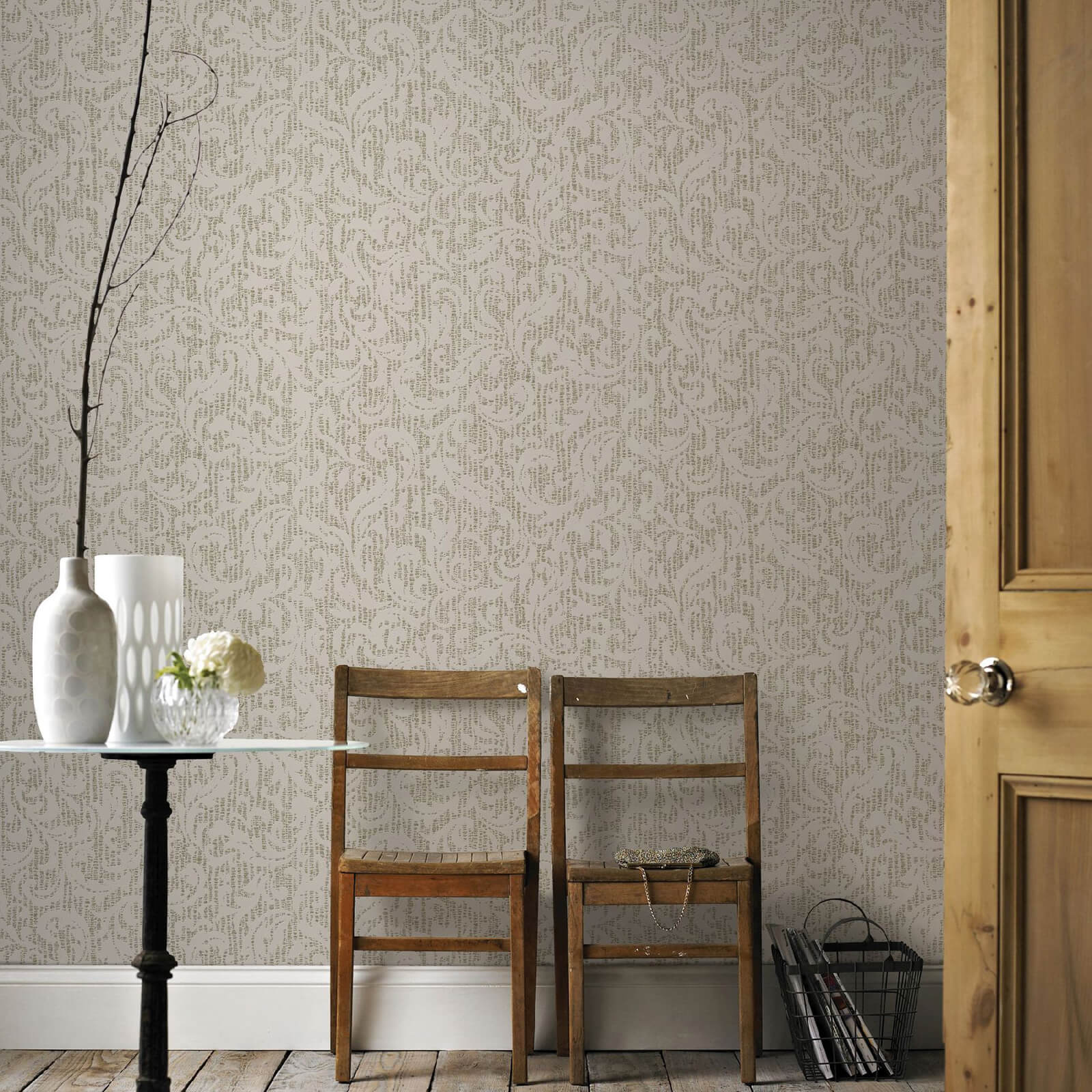Boutique Cashmere Cream and Gold Metallic Wallpaper