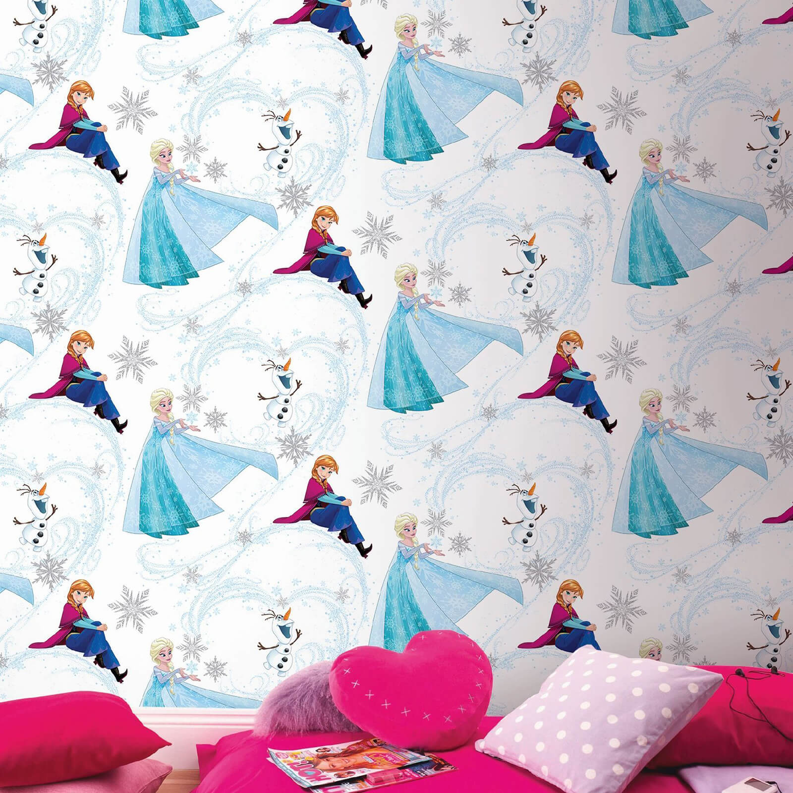 Disney Frozen Anna Elsa Blue Shimmer Wallpaper