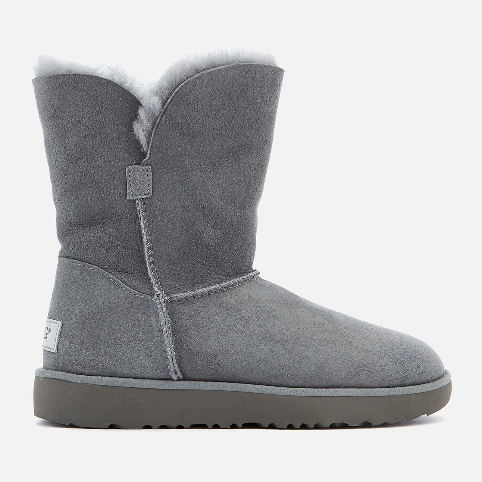 55d7a408f85 UGG Women's Classic Cuff Short Sheepskin Boots - Geyser