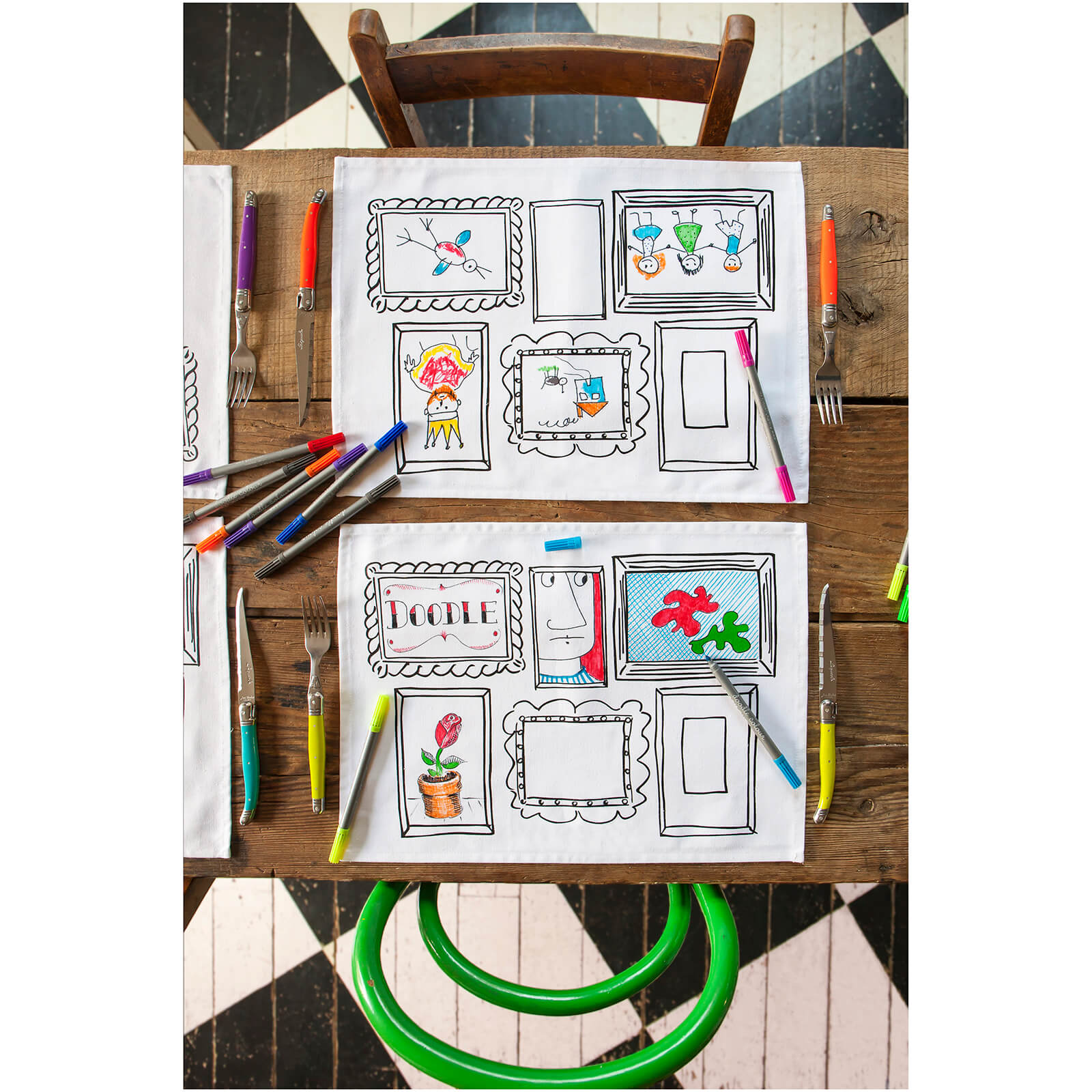 Doodle Frames Placemats - Colour Your Own Placemats with 10 wash out pens