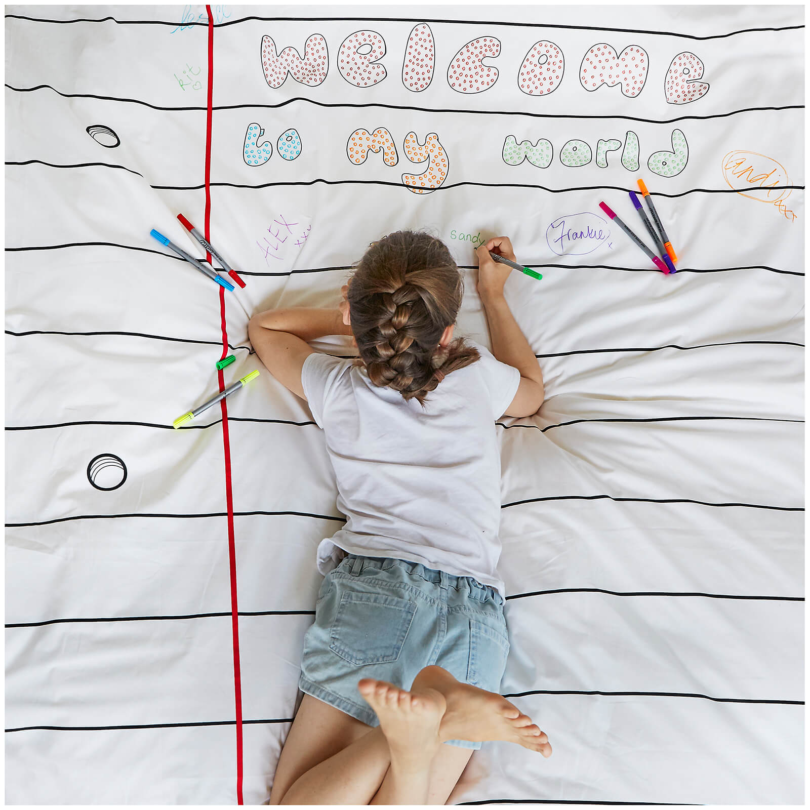 Doodle Duvet Cover - Single with 10 wash out pens