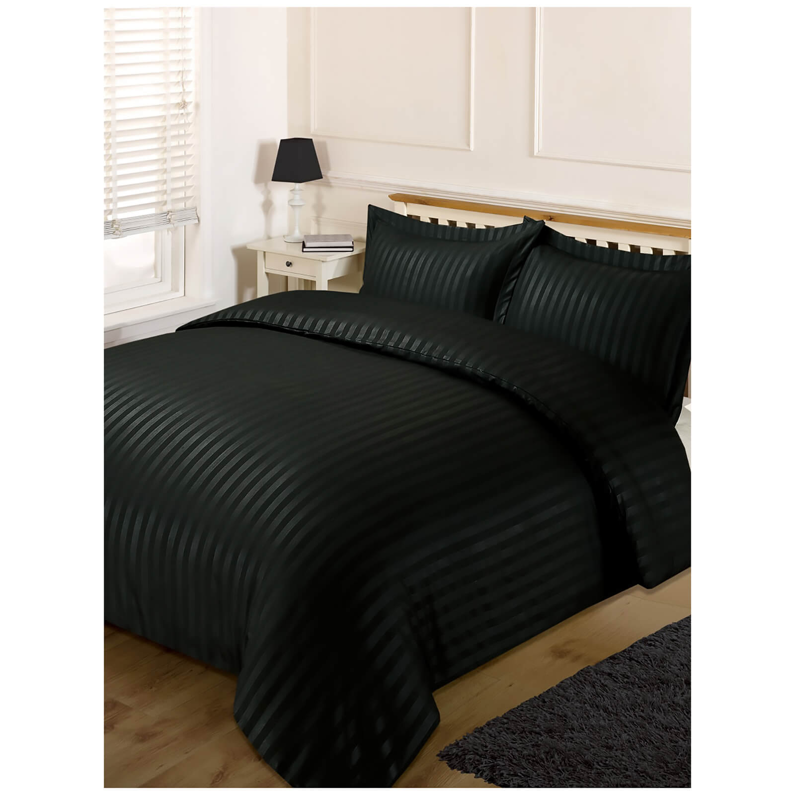 Brentfords Satin Stripe Duvet Set - Black