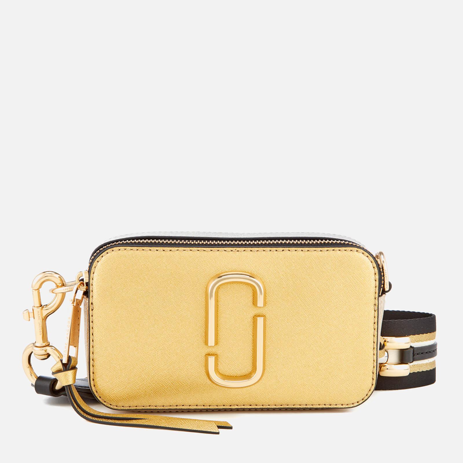 8ba28dbe9137 Marc Jacobs Women s Metallic Snapshot Bag - Gold - Free UK Delivery over £50