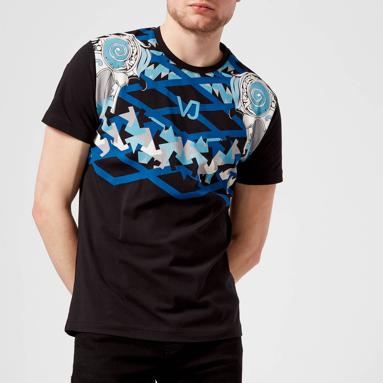 0bfa6d18 Versace Jeans Men's Neck Print T-Shirt - Nero Clothing | TheHut.com