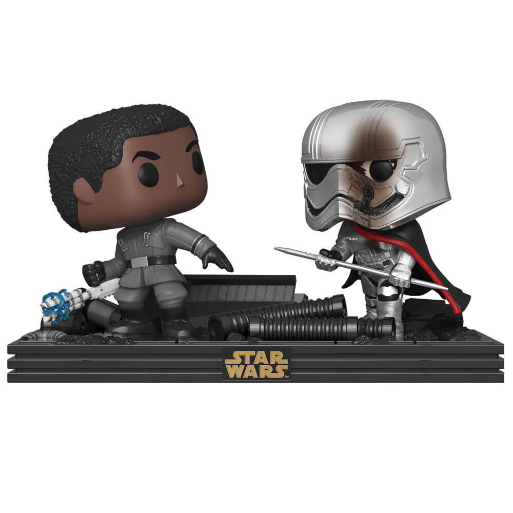 Star Wars The Last Jedi Finn & Captain Phasma Pop! Movie Moment