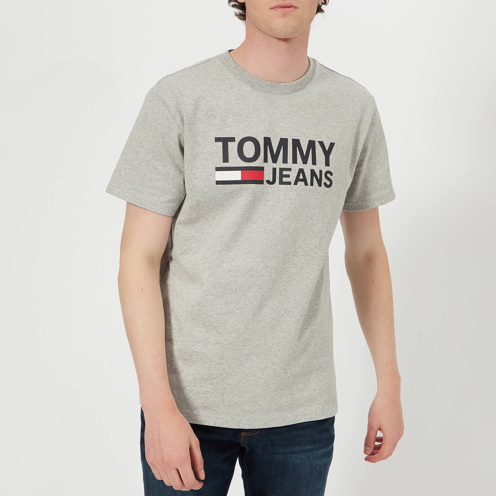 c3639b8781 Tommy Jeans Men s Tommy Classic Logo T-Shirt - Light Grey Heather Clothing