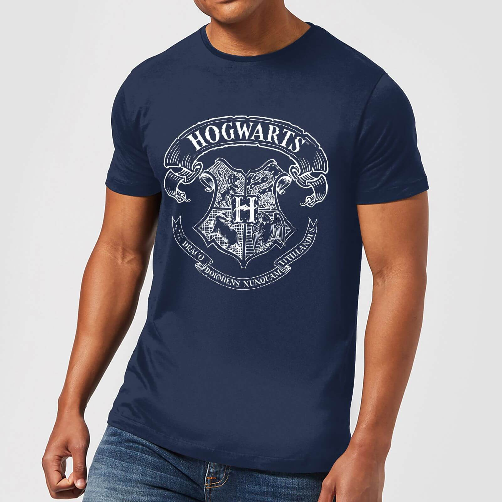30802070 Harry Potter Hogwarts Crest Men's T-Shirt - Navy Clothing | Zavvi