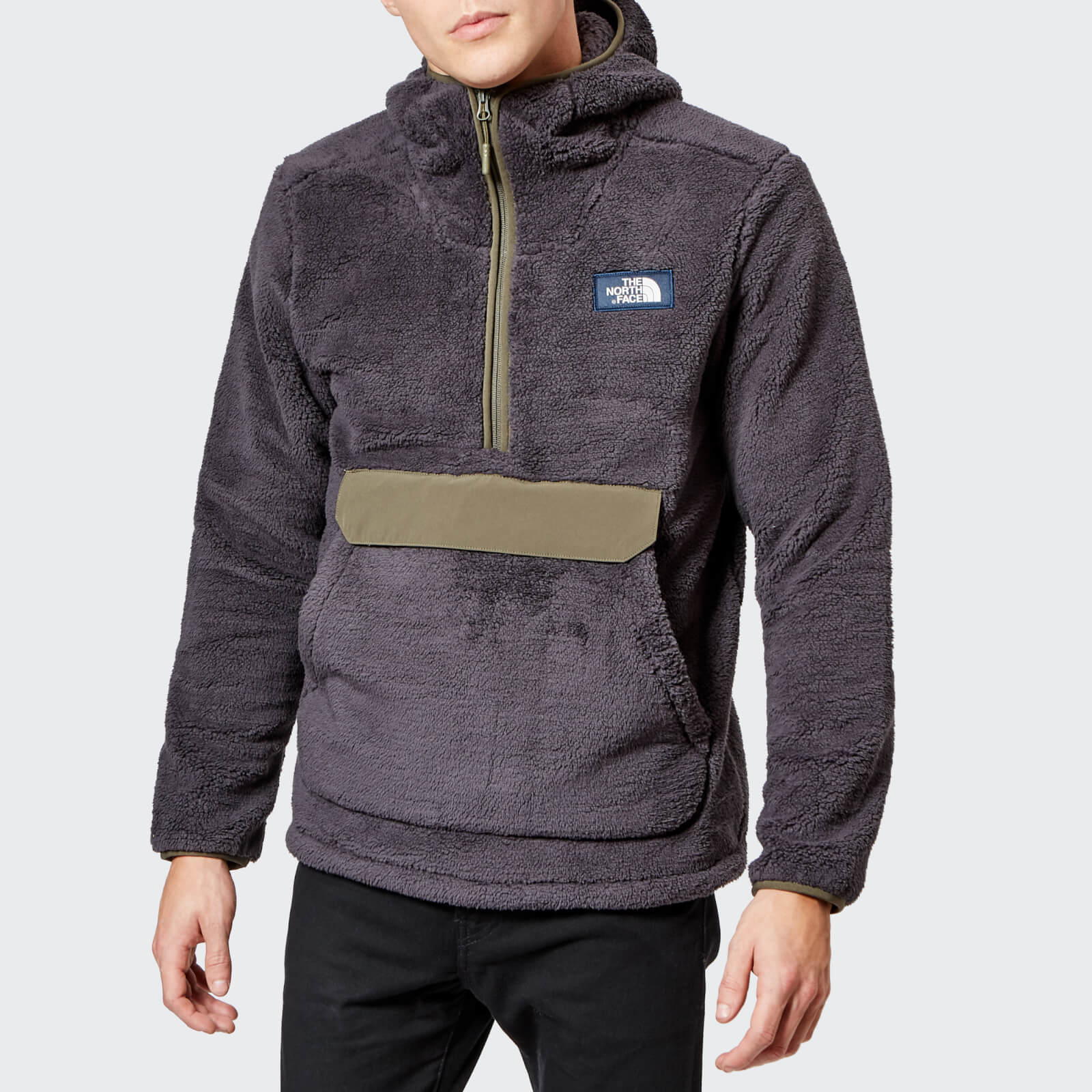 ada41fbe8 The North Face Men's Campshire Pullover Pile Hooded Fleece - Weathered  Black/New Taupe Green