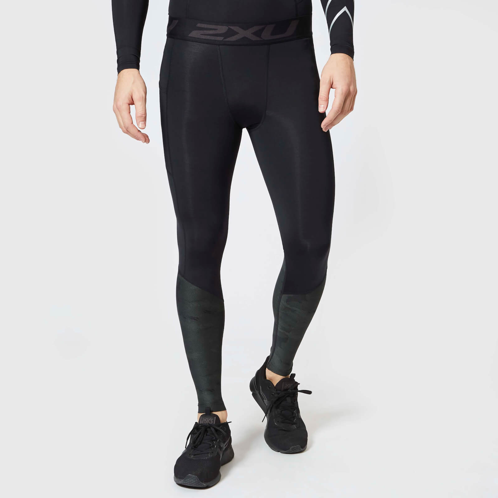 33b0737665 2XU Men's Accelerate Compression Tights with Storage - Black Clothing |  TheHut.com