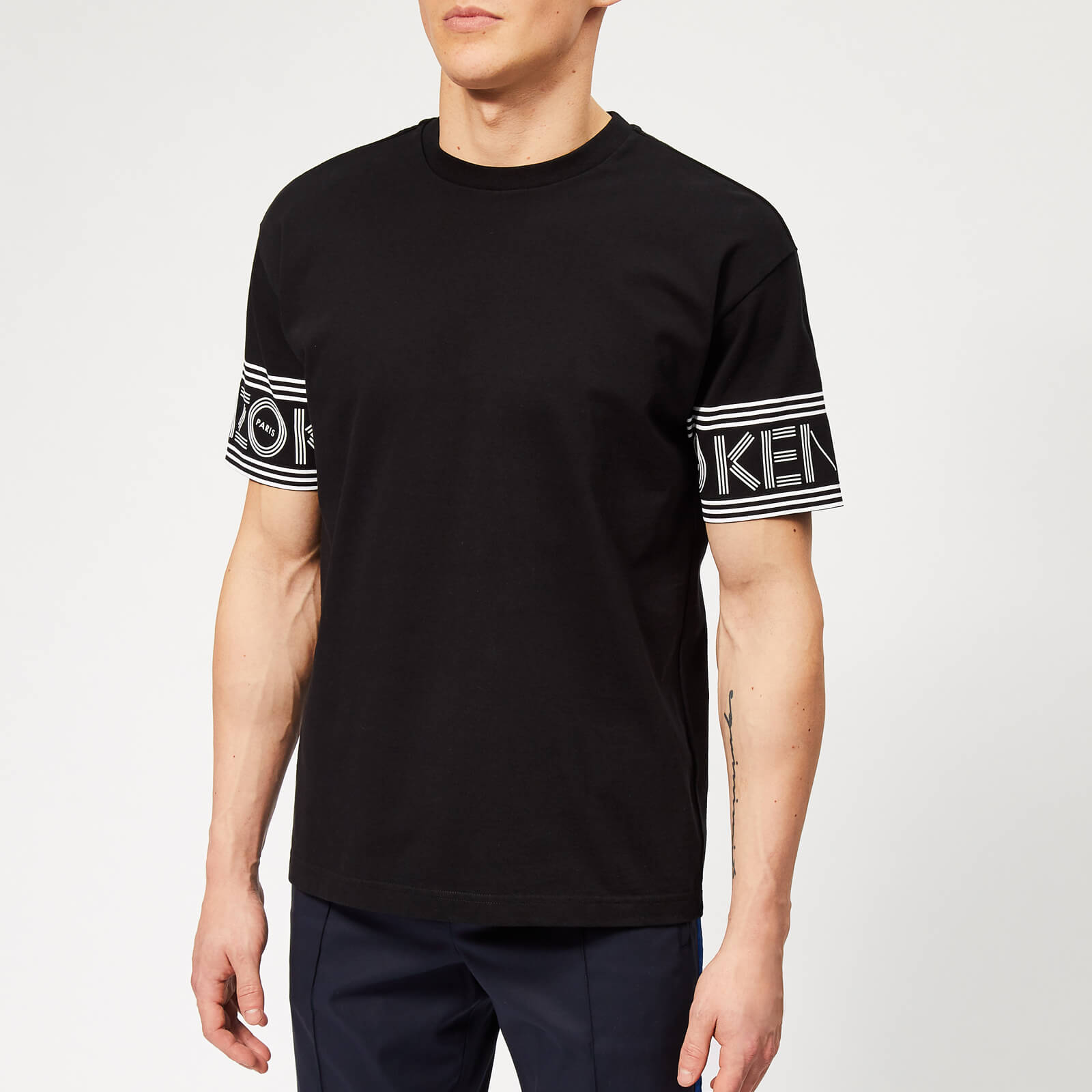 8885799fc KENZO Men's Sleeve Logo T-Shirt - Black - Free UK Delivery over £50