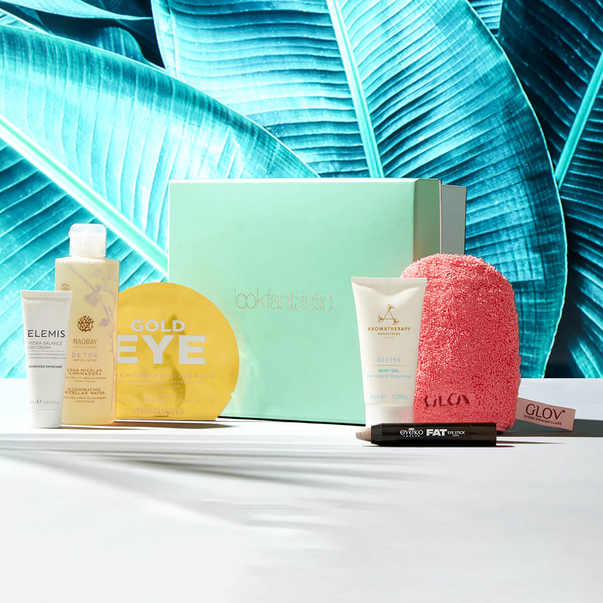 3a601df8c3143d Lookfantastic Beauty Box Abonnement - Gratis Lieferservice weltweit