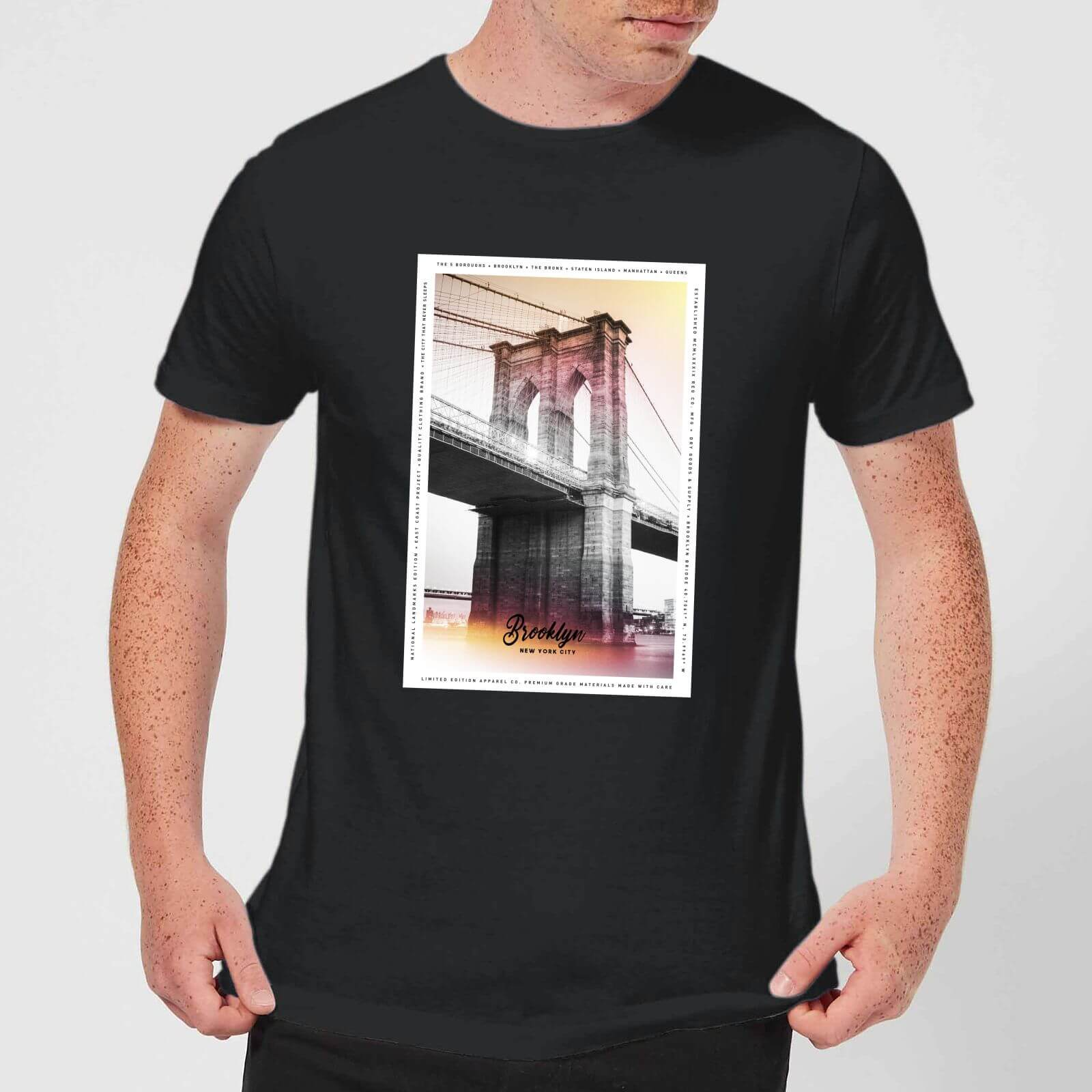 b38cdb6cb Brooklyn Bridge Men's T-Shirt - Black Clothing | Zavvi