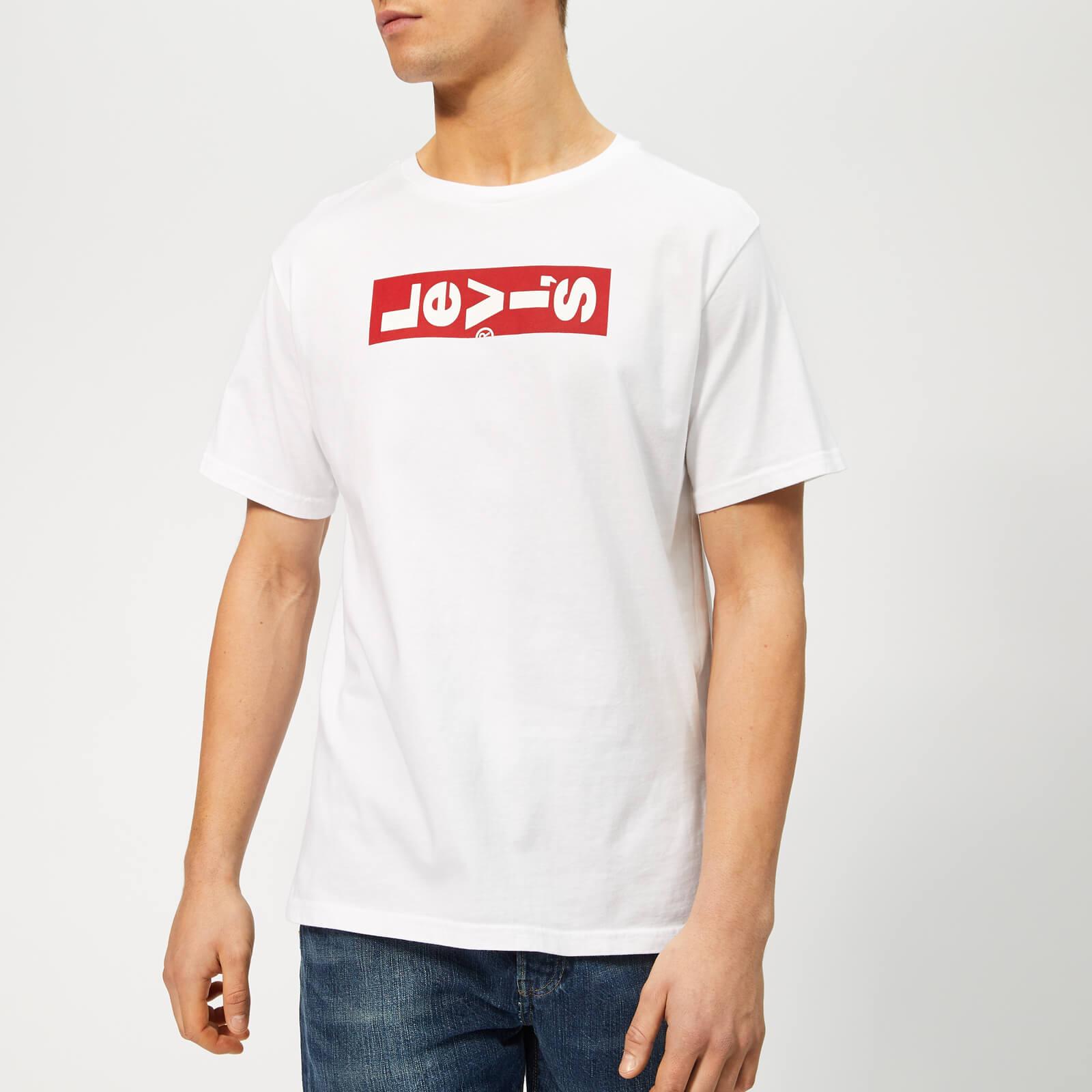 30553c217575 Levi's Men's Oversized Lazy Graphic T-Shirt - White Clothing | TheHut.com