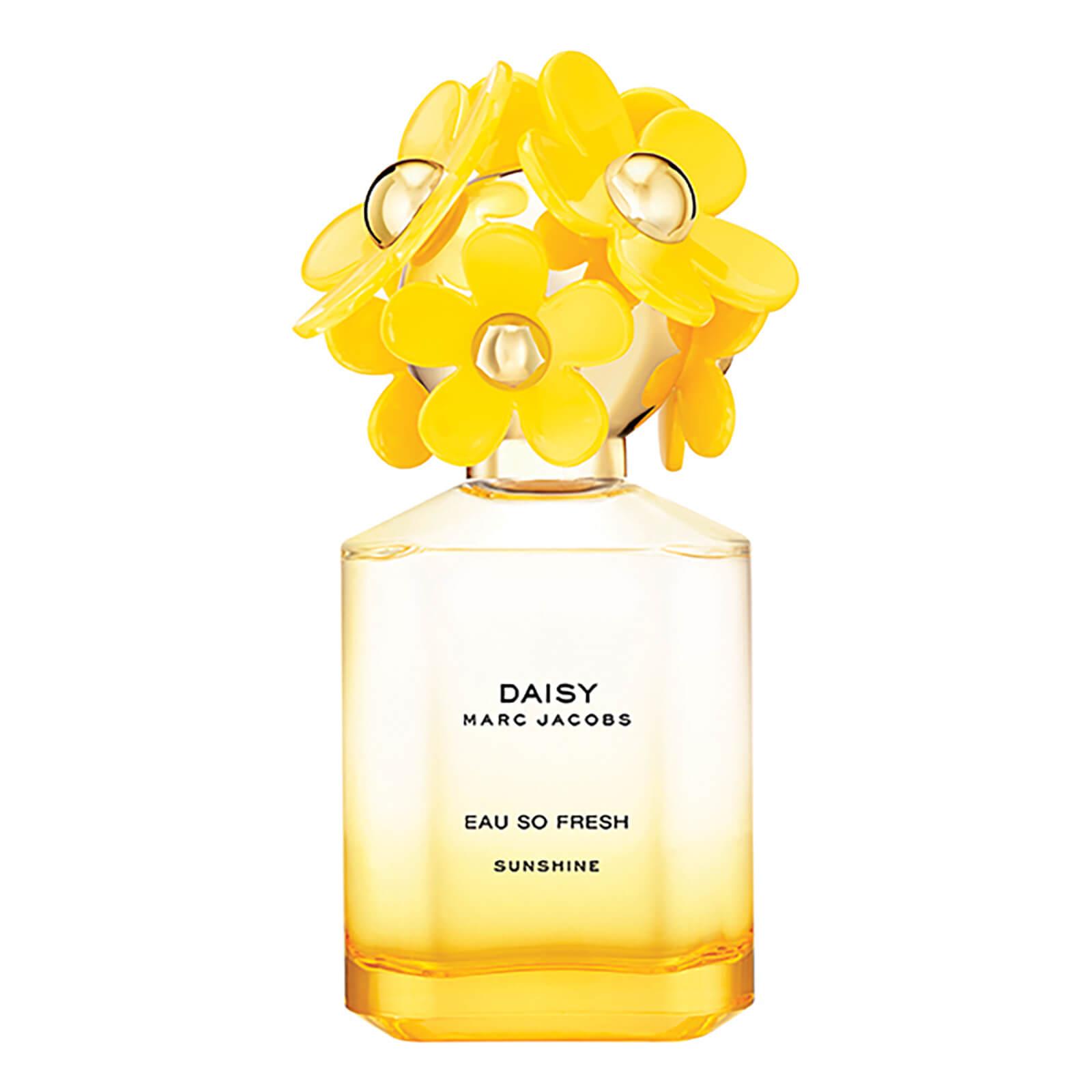 594589f97b Marc Jacobs Daisy Eau So Fresh Sunshine Eau de Toilette 75ml   Free  Shipping   Lookfantastic