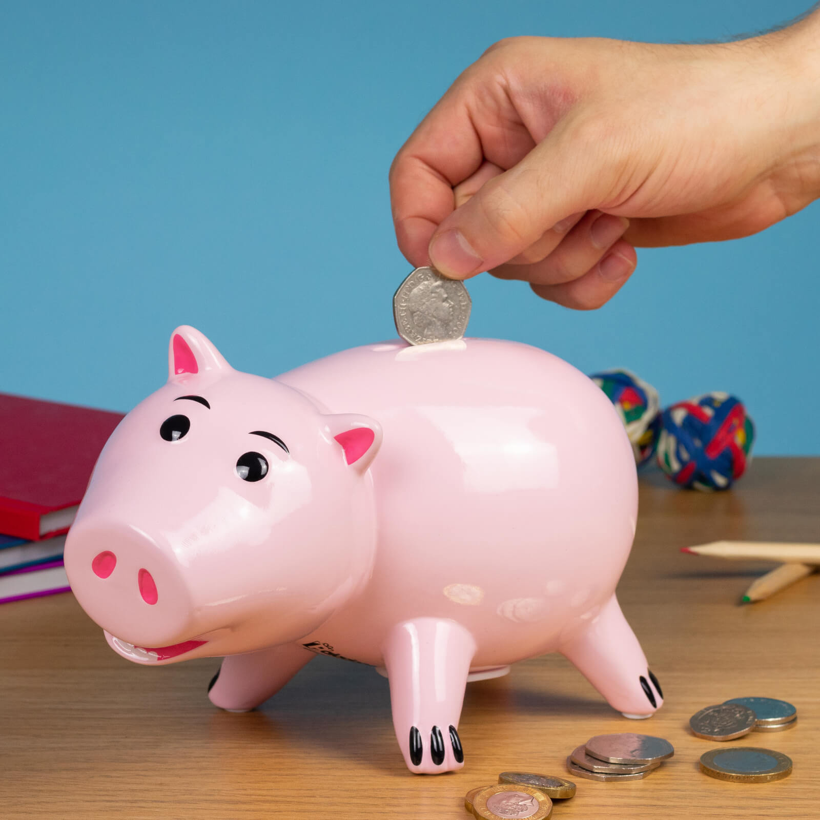 How to save money by building a budget