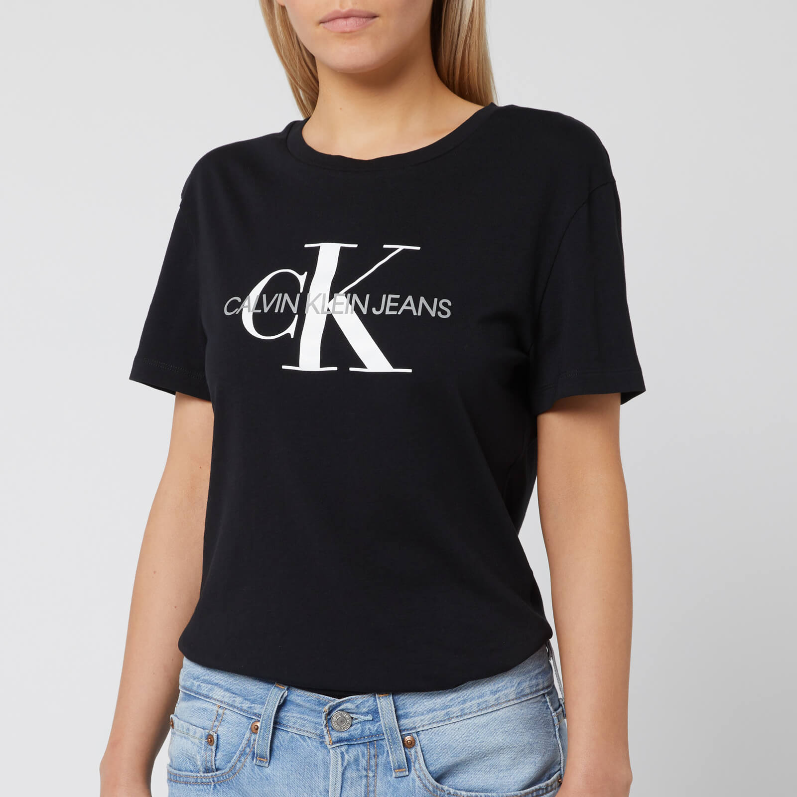 Calvin Klein Jeans Women's Monogram Logo Regular Fit T Shirt CK Black