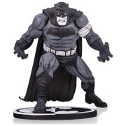 Statuette Batman par Klaus Janson DC Collectibles Batman Noir et Blanc - 16 cm