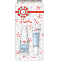 First Aid Beauty Glowing Freshen Up Kit (Worth £19.50)