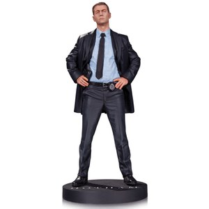 Estatua James Gordon Gotham DC Comics - DC Collectibles