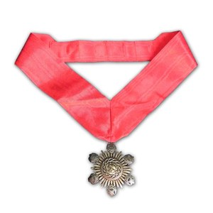 Factory Entertainment Dracula Medallion Prop Replica