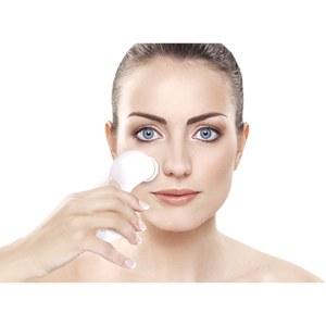 Rio Mini Facial Cleanser & Exfoliating Brush: Image 3
