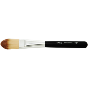 FACE Stockholm Foundation Brush #34