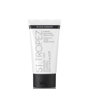 St. Tropez Gradual Tan Classic Face Lotion -rusketusvoide kasvoille ‒ Medium/Dark (50ml)