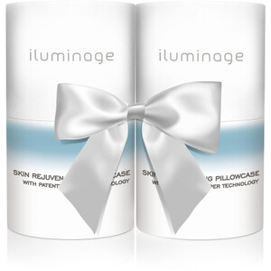 Iluminage Gift Set with Two Pillow Cases