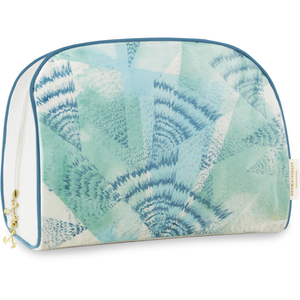 Aromatherapy Associates Revive Wash Bag (Free Gift)