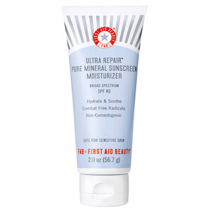 First Aid Beauty Ultra Repair Pure Mineral Sunscreen Moisturiser SPF40 56.7g