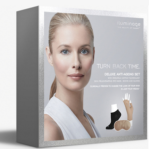 Kit de Regalo Antiedad Deluxe de Iluminage - M-L (Vale 85 £)