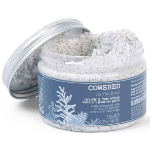 Exfoliante revitalizante para pies On the Hoof de Cowshed 150 g