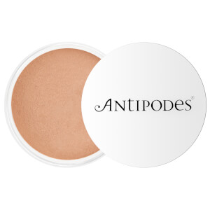 Antipodes Tan 04 Mineral Powder Foundation