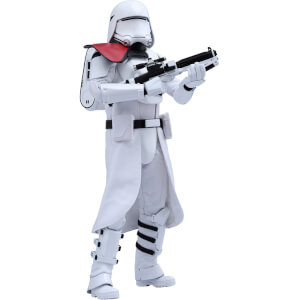 Hot Toys Star Wars: The Force Awakens 1:6 First Order Snowtrooper Officer Figure