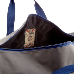 Tokyo Laundry Men's Gym Bag - Dorean Gray/Sapphire: Image 4