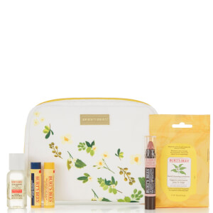 Burt's Bees Naturally Gifted Bloom Bundle Beeswax (Free Gift) (Worth £22.00)