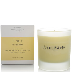 AromaWorks Light Range Candle - Mandarin and Vetivert 30cl