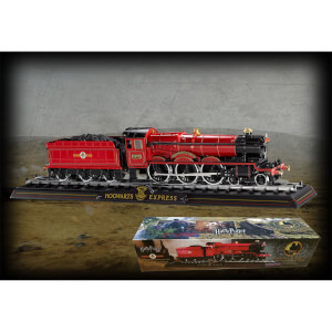 Harry Potter Hogwarts Express 1:50 Scale Model Train
