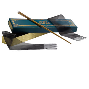 Fantastic Beasts and Where to Find Them Newt Scamander's Wand in Ollivander's Collector's Box