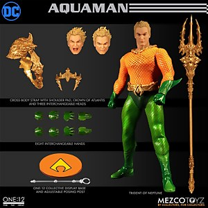 Mezco One:12 Collective DC Comics Aquaman Classic Comic Action Figure
