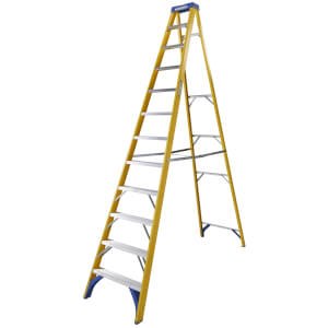 Werner Fibreglass Step Ladder - 12 Tread