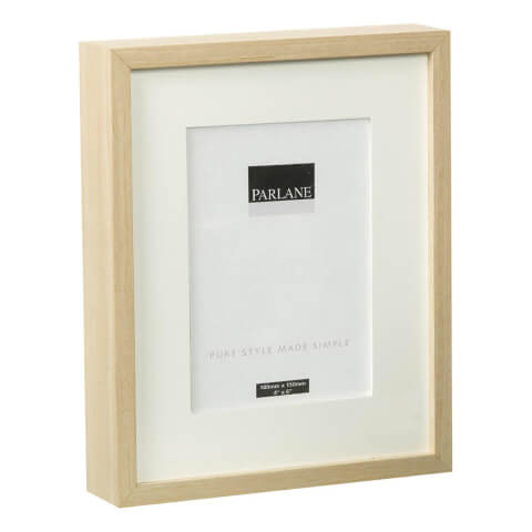 Parlane Solna Frame - White - Large (270x220mm)
