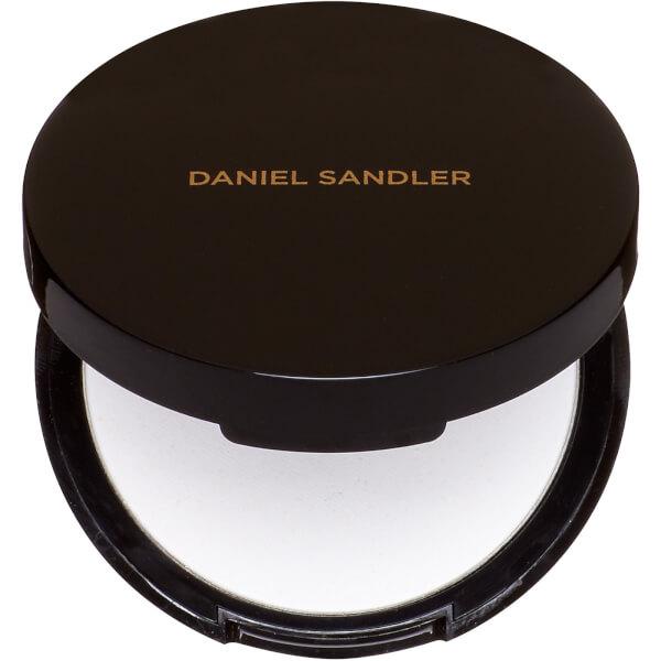 DANIEL SANDLER INVISIBLE BLOTTING PRESSED POWDER